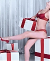 Intimissimi_Xmas_2016_with_Irina_Shayk_28ENG_20_29_mp40027.jpg