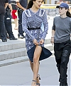 Irina-Shayk--Photoshoot-on-Fifth-Avenue--07.jpg