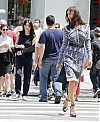 Irina-Shayk--Photoshoot-on-Fifth-Avenue--09.jpg