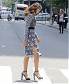 Irina-Shayk--Photoshoot-on-Fifth-Avenue--17.jpg
