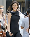 Irina-Shayk--Photoshoot-on-Fifth-Avenue--29.jpg
