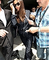 Irina-Shayk-Arrives-at-Nice-Airport-in-Cannes--03.jpg