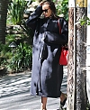 Irina-Shayk-arrives-to-the-spa-in-Beverly-Hills--12.jpg