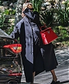 Irina-Shayk-arrives-to-the-spa-in-Beverly-Hills--22.jpg