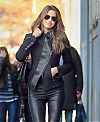 Irina_Shayk_-_Hot_in_Black_Tight_Pants-04.jpg