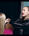 Irina_Shayk_Meets_The_Suzy_Handbag_mp40080.jpg