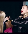 Irina_Shayk_Meets_The_Suzy_Handbag_mp40083.jpg