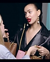 Irina_Shayk_Meets_The_Suzy_Handbag_mp40094.jpg