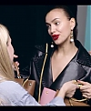 Irina_Shayk_Meets_The_Suzy_Handbag_mp40095.jpg