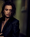 Vogue-Germany-May-2017-by-Peter-Lindbergh-11-Irina-Shayk.jpg