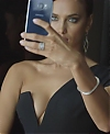 _Hot_Shots2C_Cool_Nights__-_Samsung_x_Vogue_Campaign_Behind_the_Scenes_Video_mp40243.jpg