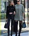 pregnant-irina-shayk-goes-shopping-with-stella-maxwell-20.jpg